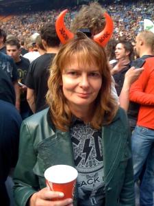 Concert AC/DC daar stond ik met gemengde gevoelens, mijn vader was net weer een beetje aanspreekbaar.. from hell and back